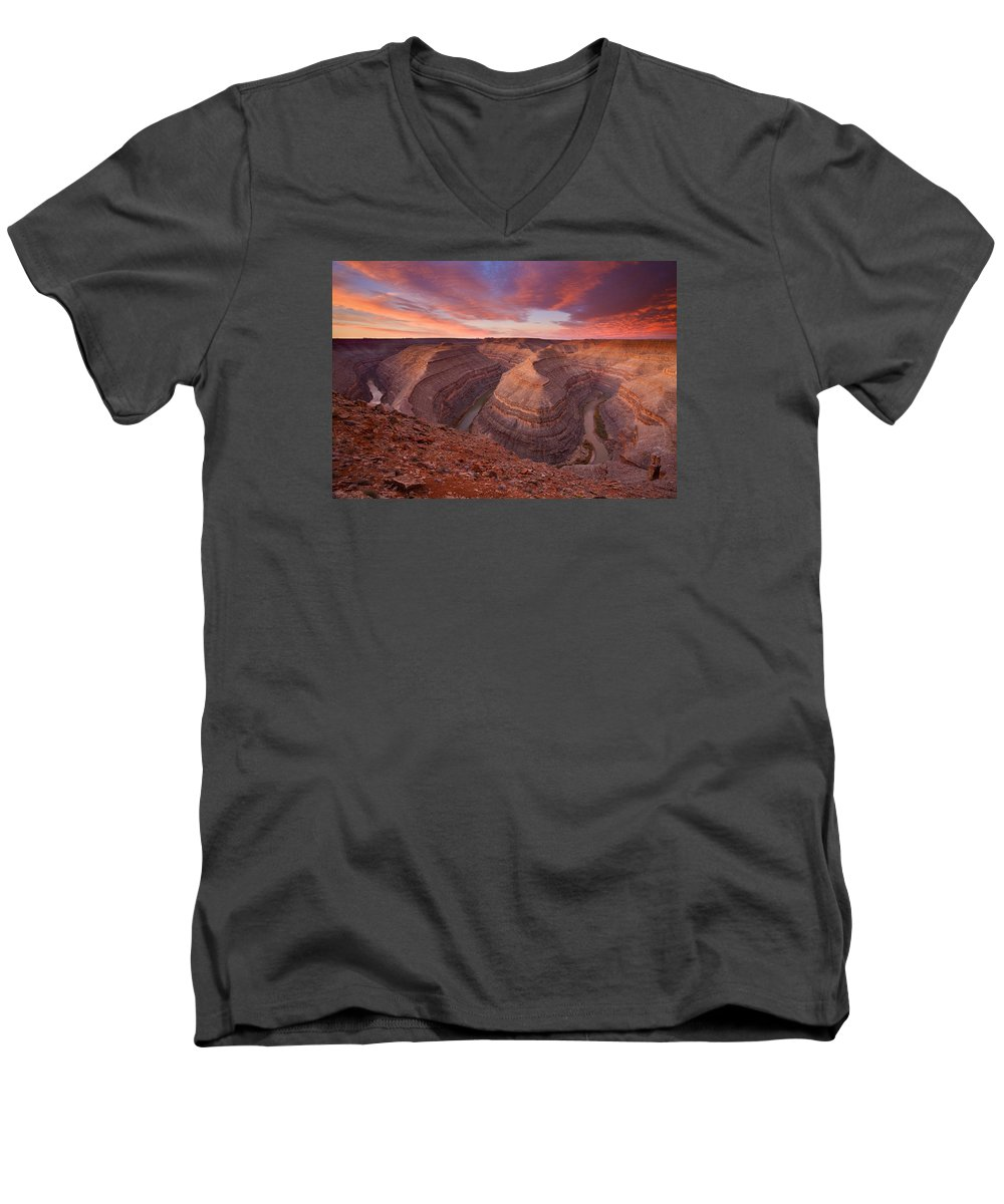 Canyon Men's V-Neck T-Shirt featuring the photograph Curves Ahead by Mike Dawson