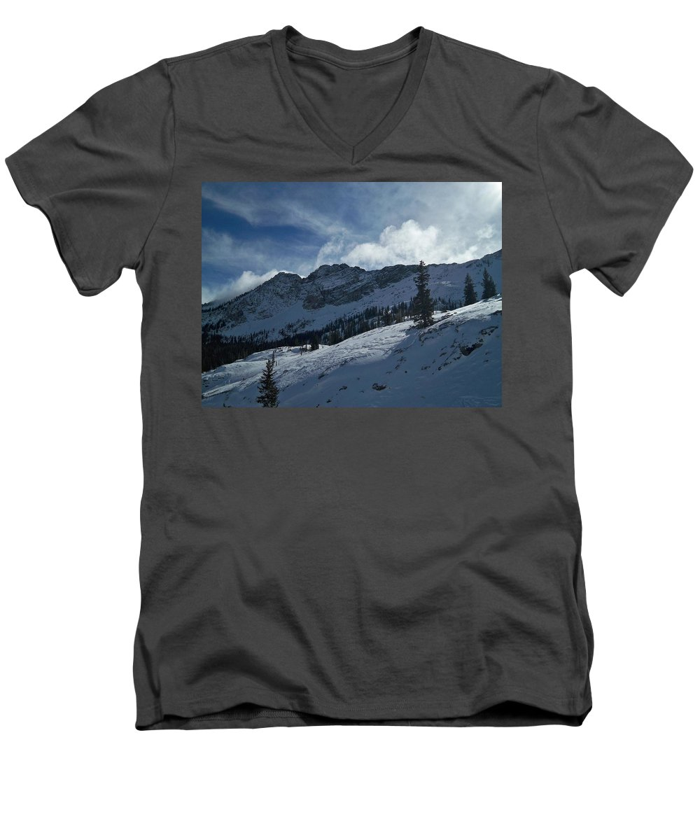 Ski Men's V-Neck T-Shirt featuring the photograph Devils Castle Morning Light by Michael Cuozzo
