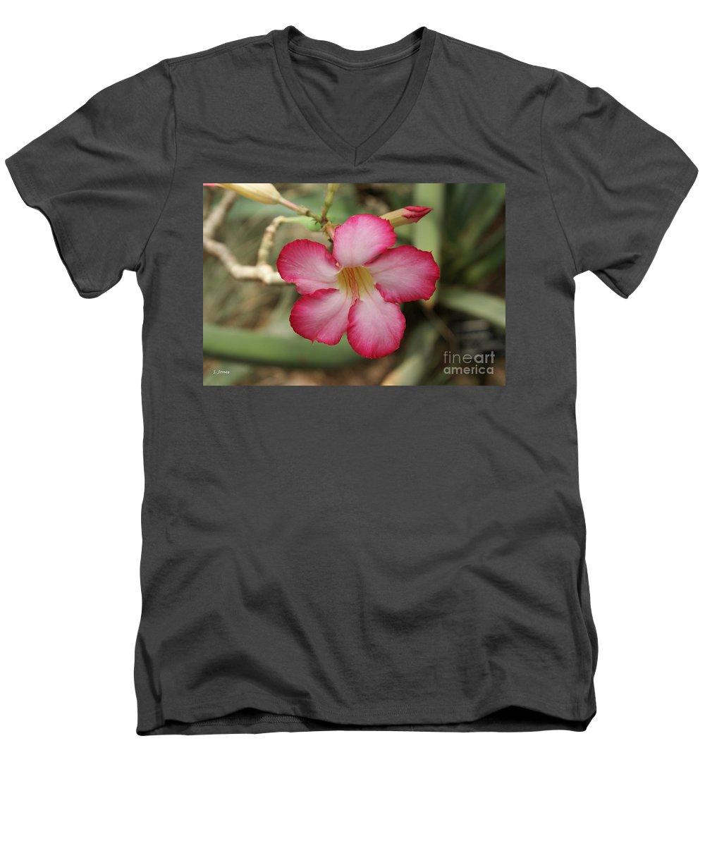 Floral Men's V-Neck T-Shirt featuring the photograph Elegant by Shelley Jones