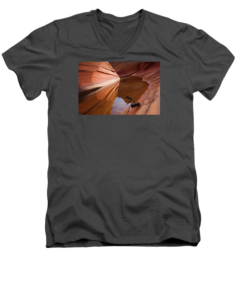 Wave Rock Men's V-Neck T-Shirt featuring the photograph Eye Of The Wave by Mike Dawson