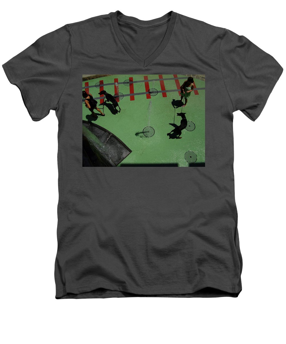 Fountain Men's V-Neck T-Shirt featuring the photograph Fountain by Flavia Westerwelle