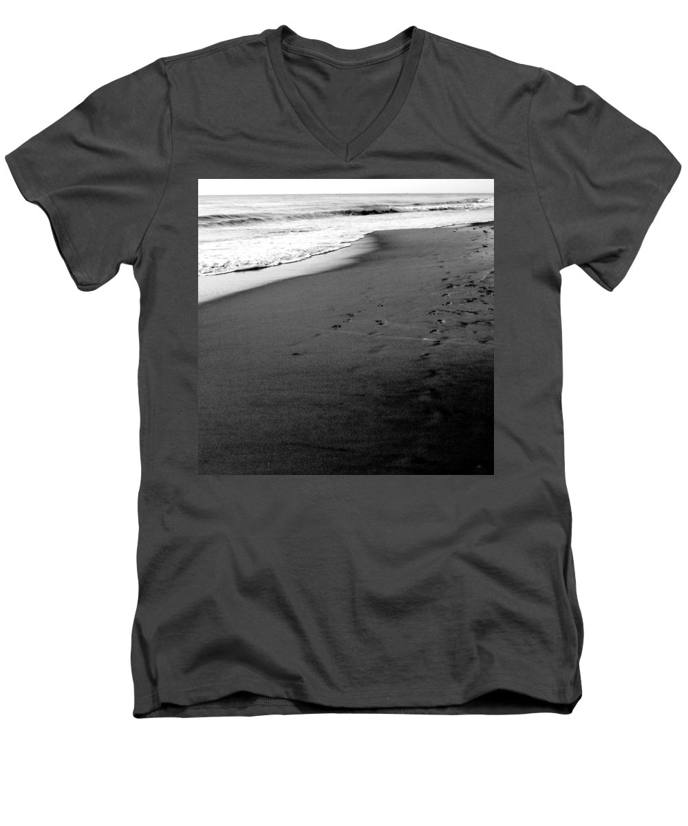 Photograph Men's V-Neck T-Shirt featuring the photograph In My Thoughts by Jean Macaluso