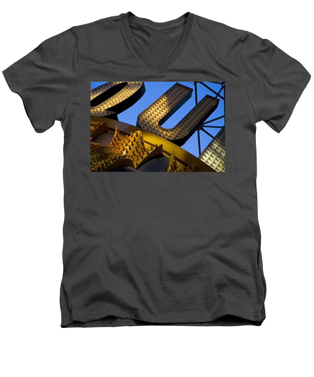 Architecture Men's V-Neck T-Shirt featuring the photograph Queen Of Hearts by Skip Hunt