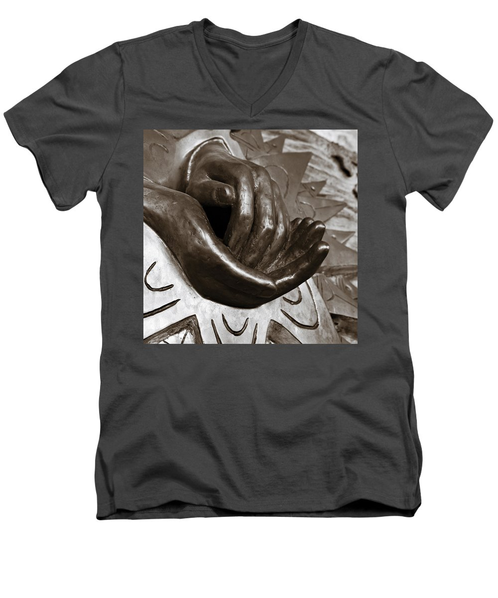 Hands Men's V-Neck T-Shirt featuring the photograph Sharing Hands by Marilyn Hunt