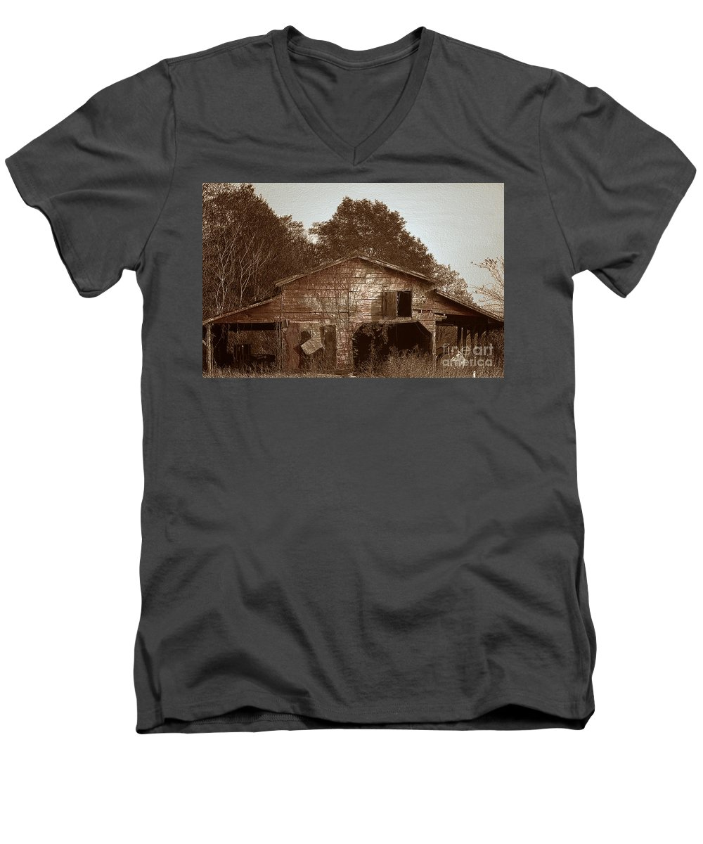 Barn Men's V-Neck T-Shirt featuring the photograph Still Working by Amanda Barcon