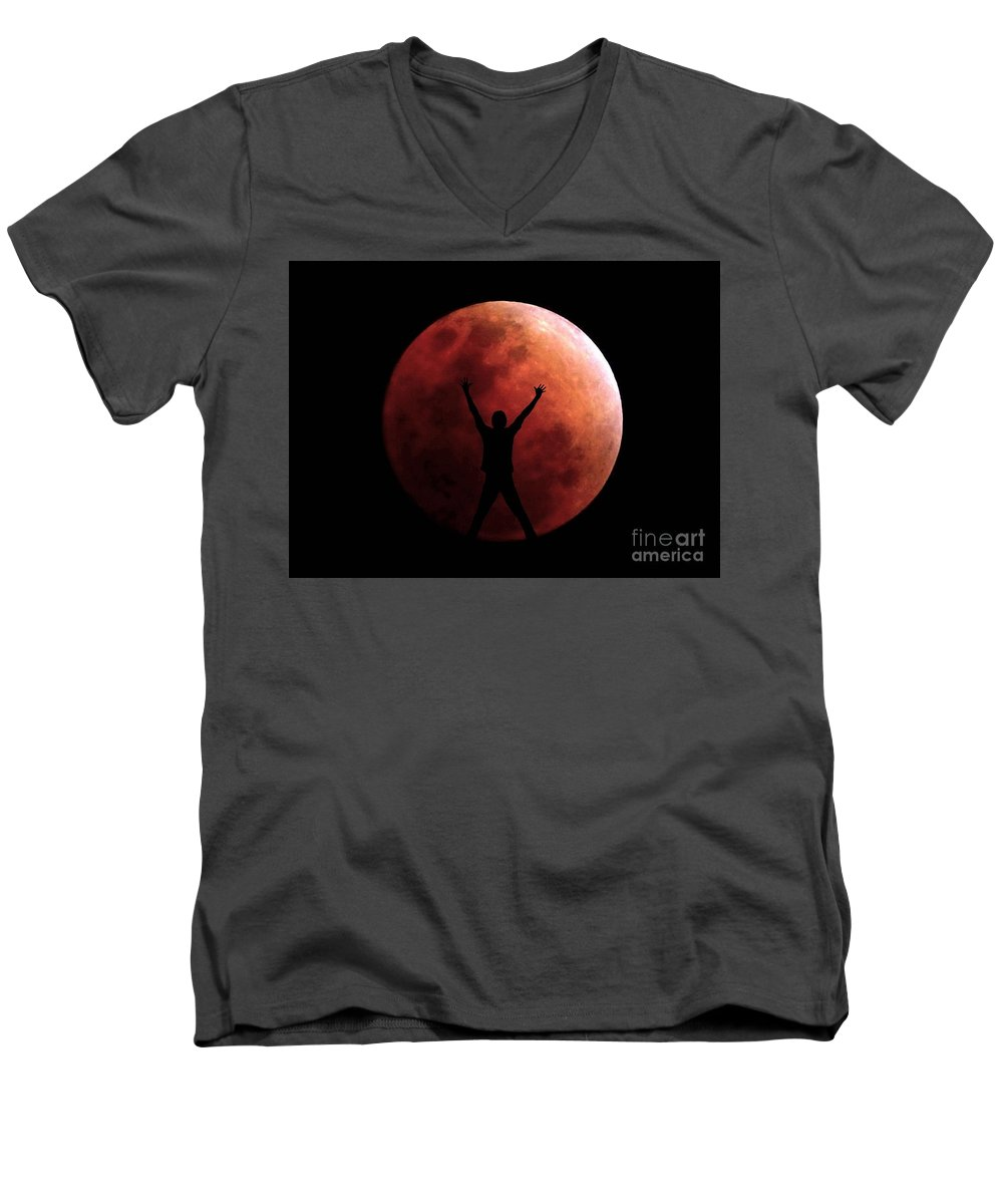 Eclipse Men's V-Neck T-Shirt featuring the photograph Super Blue Blood Eclipse Lunar Moon With A Person by Christopher Shellhammer