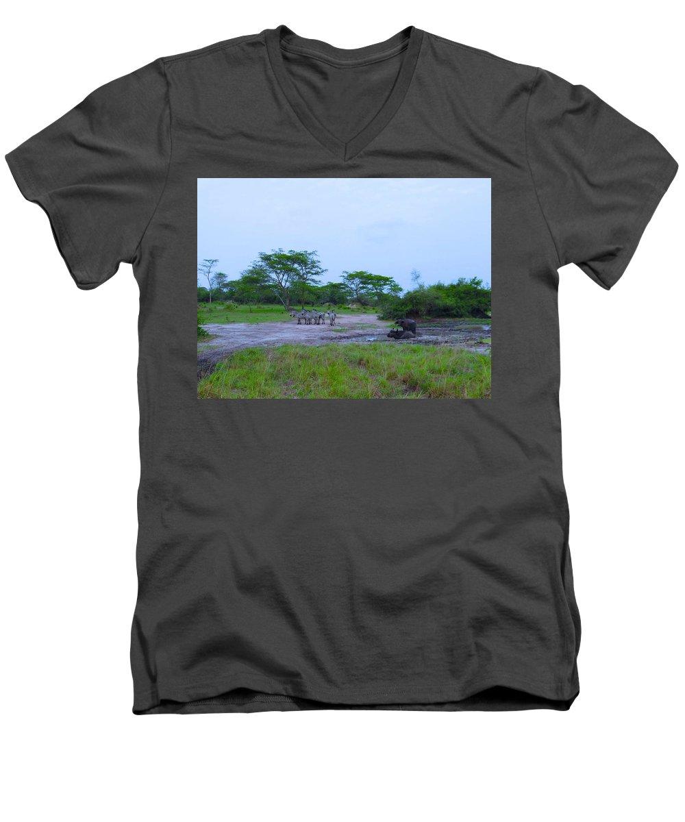 Exploramum V-Neck T-Shirts