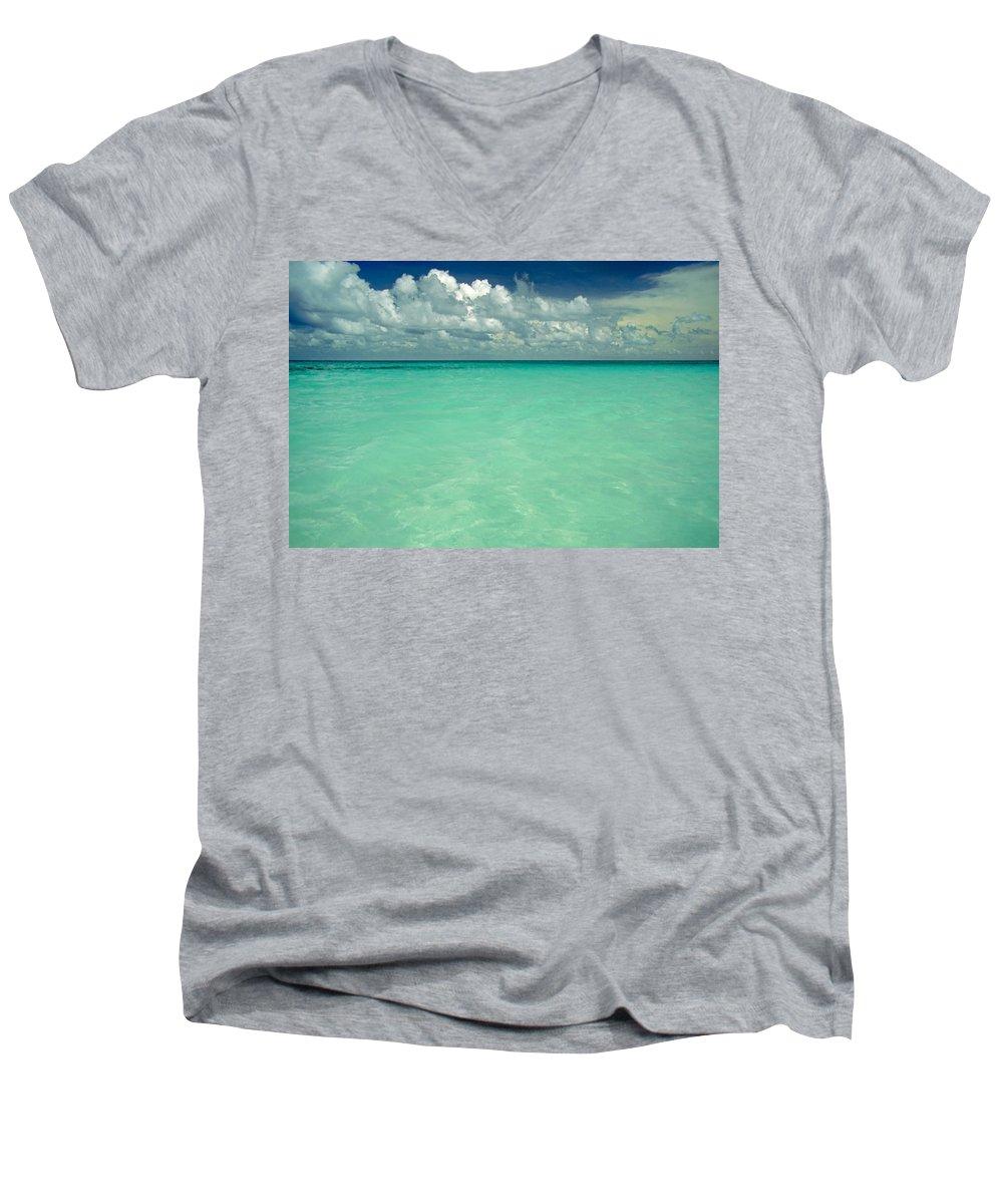 Belize Men's V-Neck T-Shirt featuring the photograph Heaven by Skip Hunt