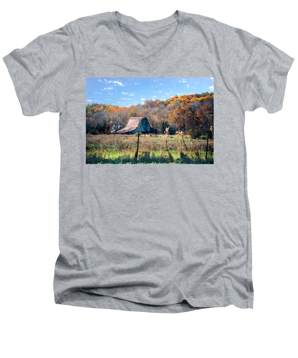 Landscape Men's V-Neck T-Shirt featuring the photograph Barn In Liberty Mo by Steve Karol