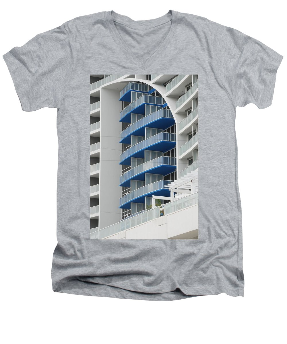 Architecture Men's V-Neck T-Shirt featuring the photograph Blue Bayu by Rob Hans