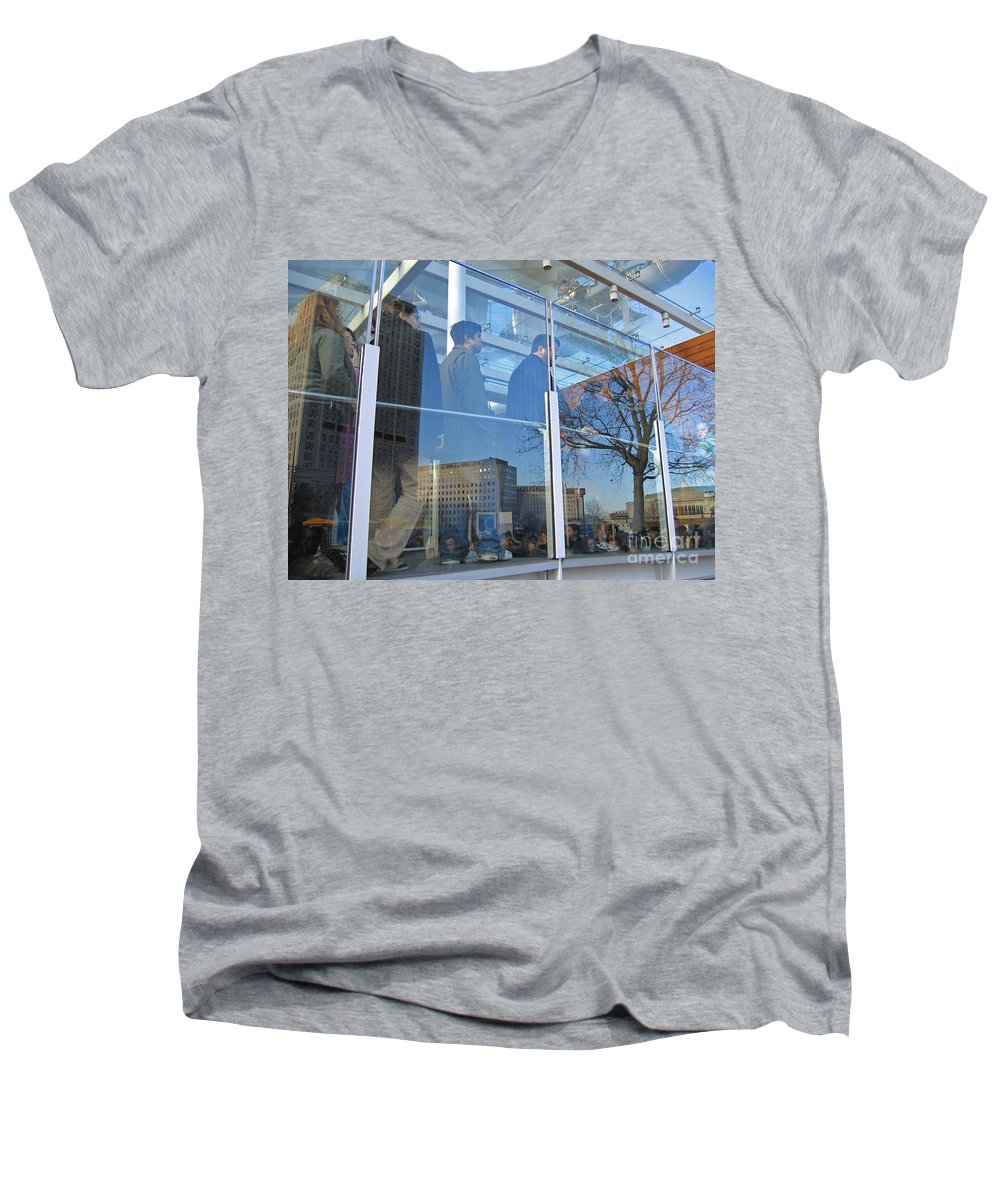 London Men's V-Neck T-Shirt featuring the photograph Crowd Queuing Up by Ann Horn
