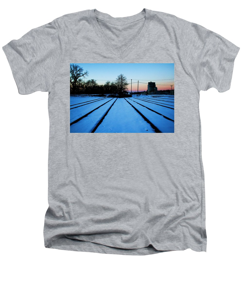 Sunset Men's V-Neck T-Shirt featuring the photograph End Of The Tracks by Angus Hooper Iii