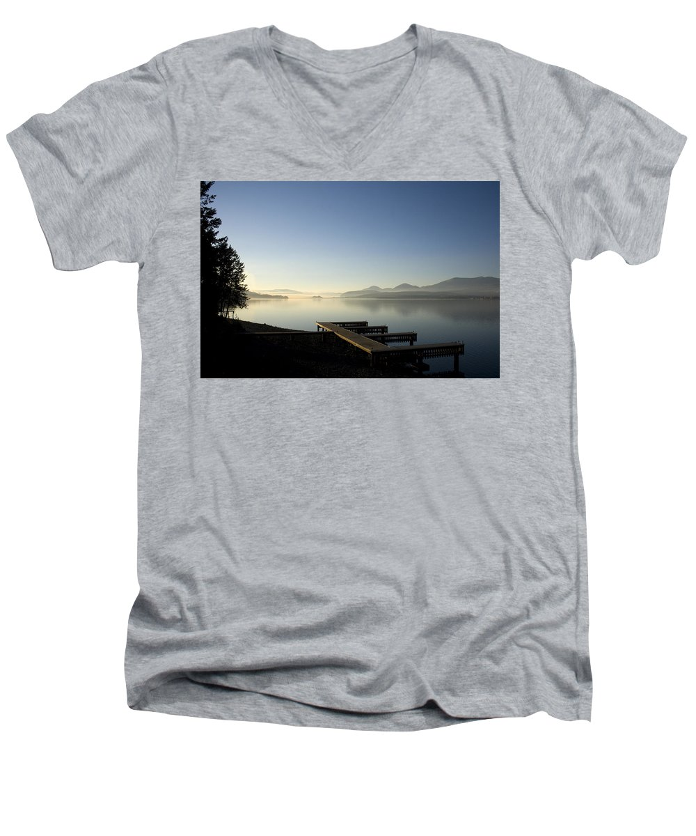 Landscape Men's V-Neck T-Shirt featuring the photograph Fall Evening by Lee Santa