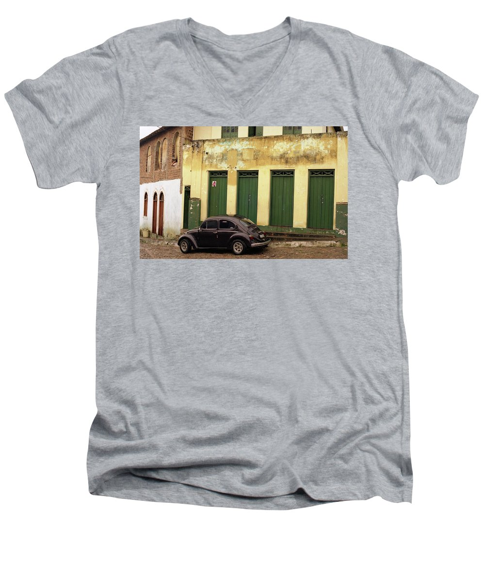 Bahia Men's V-Neck T-Shirt featuring the photograph Lencois - Bug by Patrick Klauss