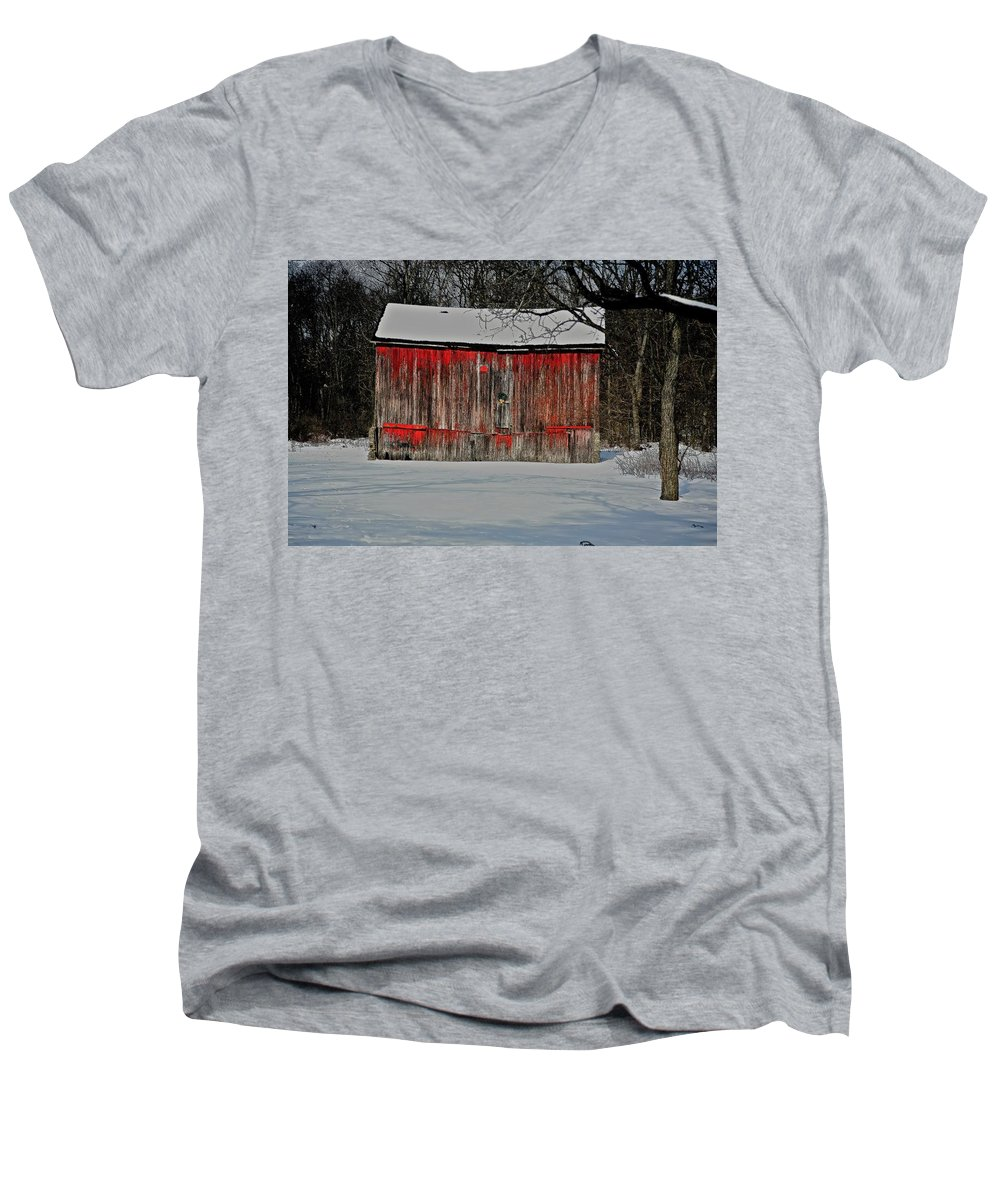 Old Men's V-Neck T-Shirt featuring the photograph The Old Weathered Barn by Robert Pearson