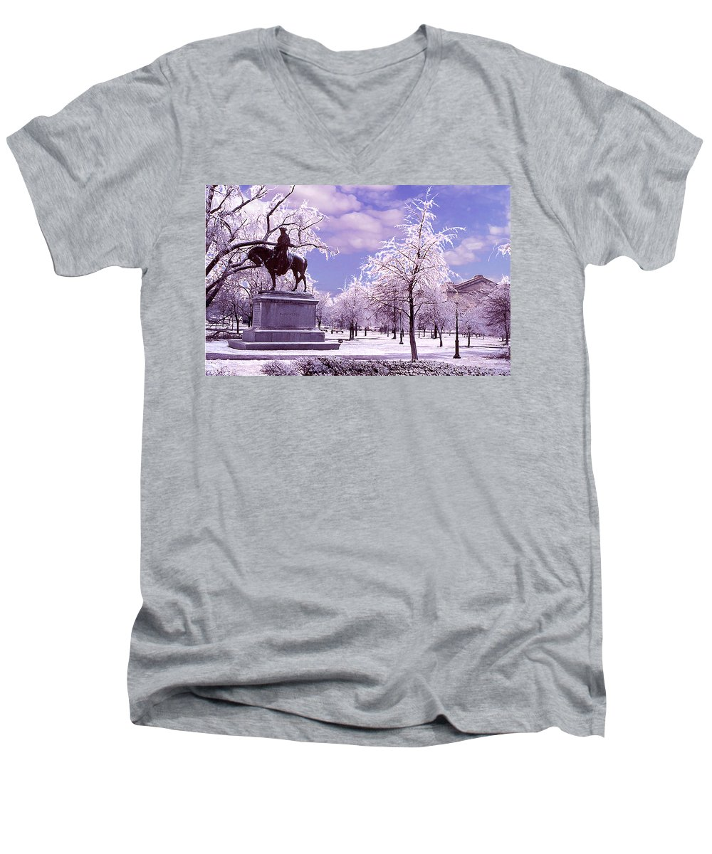 Landscape Men's V-Neck T-Shirt featuring the photograph Washington Square Park by Steve Karol