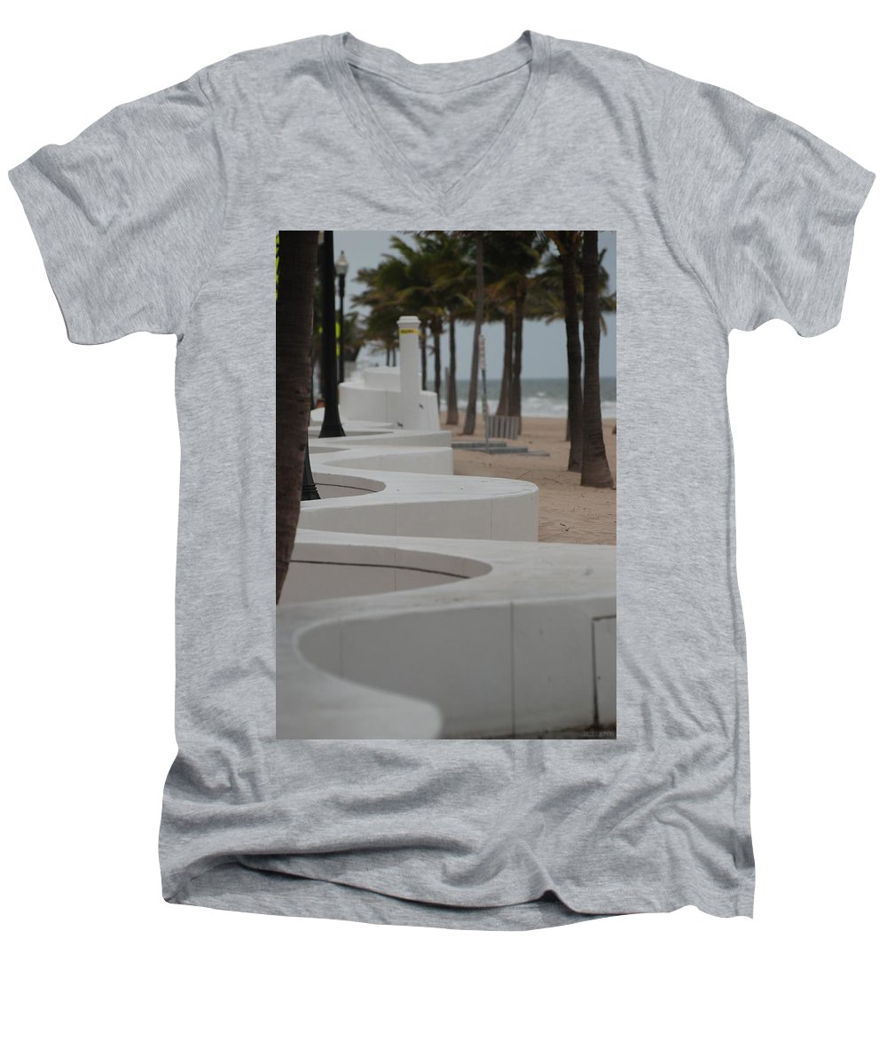 Pop Art Men's V-Neck T-Shirt featuring the photograph Zig Zag At The Beach by Rob Hans