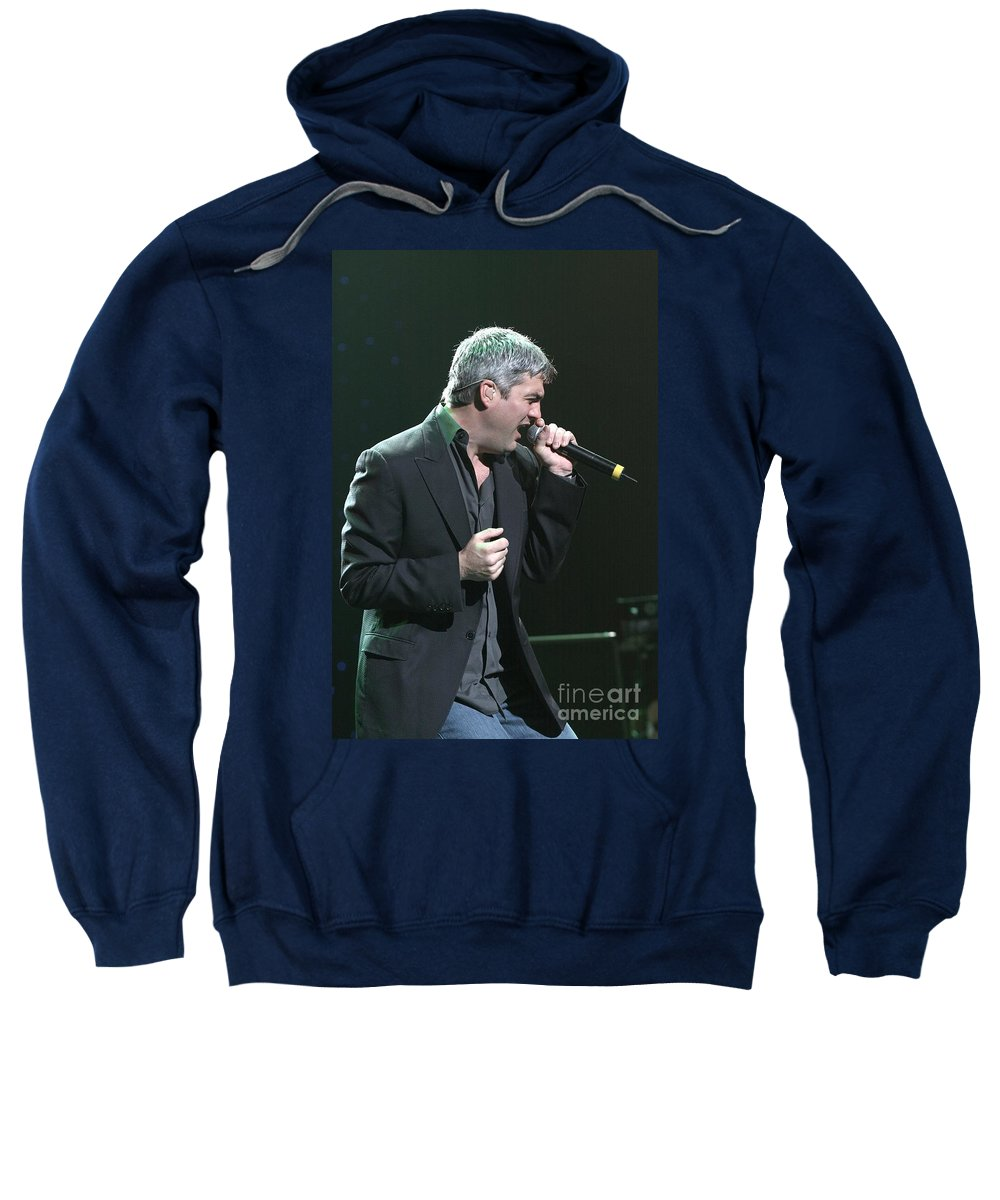 Contestant On The Fifth Season Of American Idol Sweatshirt featuring the photograph Taylor Hicks by Concert Photos