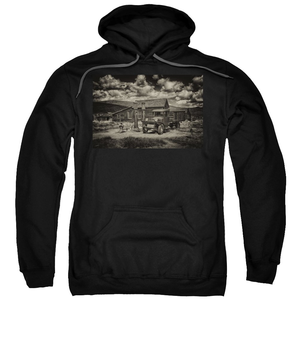 1927 Sweatshirt featuring the photograph 1927 Dodge Braham Bodie Ca Sepia Img 7299 by Greg Kluempers