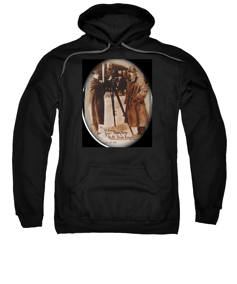 Billy Bitzer D.w. Griffith Pathe Camera Way Down East Sepia Toned Vignetted Color Added Autographed Snow Orson Welles Jean Renoir Sweatshirt featuring the photograph Billy Bitzer D.w. Griffith Pathe Camera Way Down East 1920-2013 by David Lee Guss
