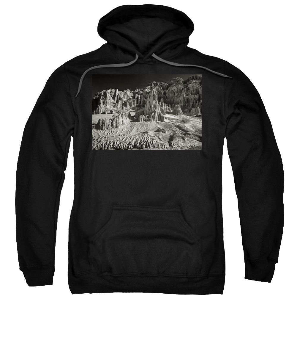 North America Sweatshirt featuring the photograph Panaca Sandstone Formations In Black And White Nevada Landscape by Dave Welling