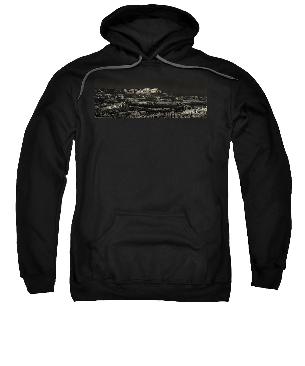 North America Sweatshirt featuring the photograph Panorama Bryce Canyon Storm In Black And White by Dave Welling