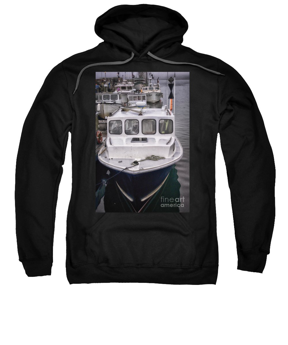 Commercial Sweatshirt featuring the photograph Right At Ya by Joe Geraci