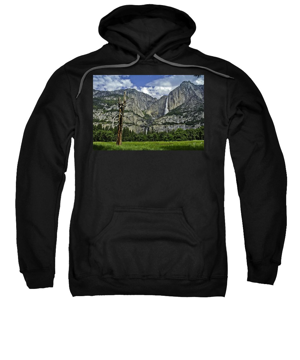 Usa Sweatshirt featuring the photograph Yosemite Upper And Lower Falls by LeeAnn McLaneGoetz McLaneGoetzStudioLLCcom