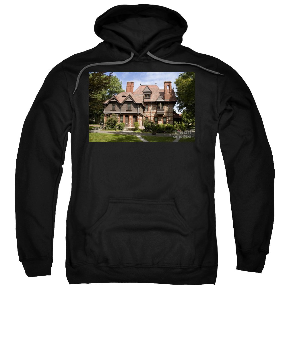 Harriet Beacher Stow Sweatshirt featuring the photograph Harriet Beacher Stowe Home by Tim Mulina