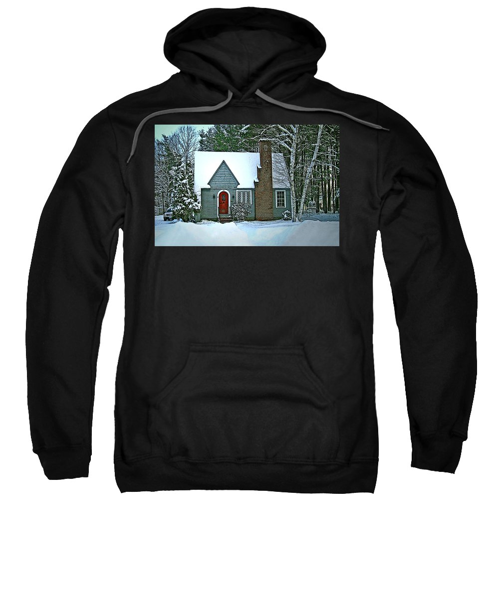 Sweatshirt featuring the photograph Howland House In Windsor by Nancy Griswold