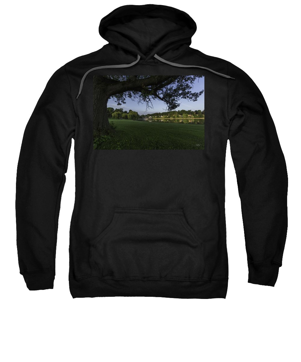 Onondaga Park Sweatshirt featuring the photograph Morning In The Park by Everet Regal