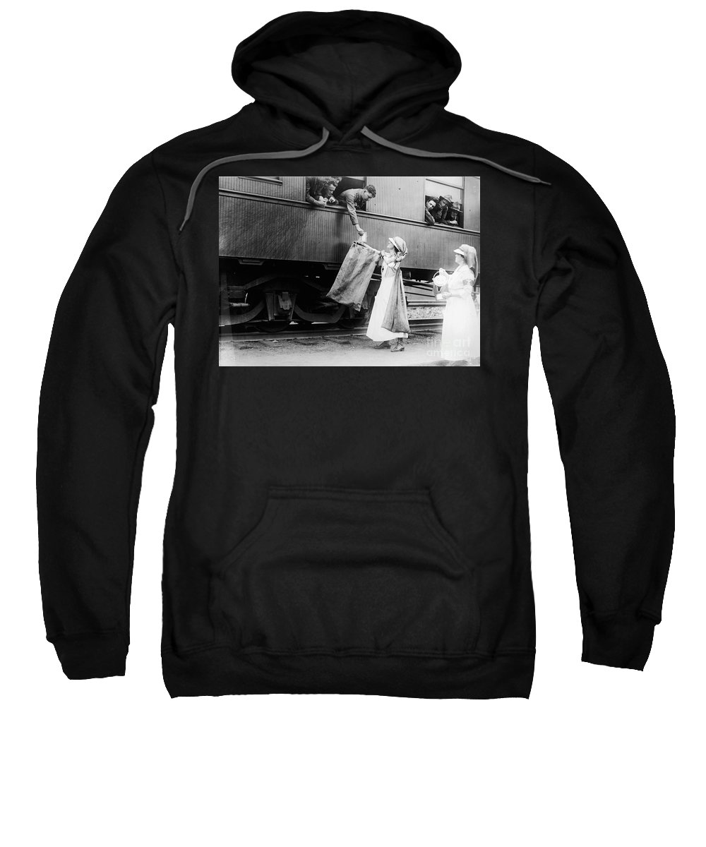 1918 Sweatshirt featuring the photograph World War I: Red Cross by Granger