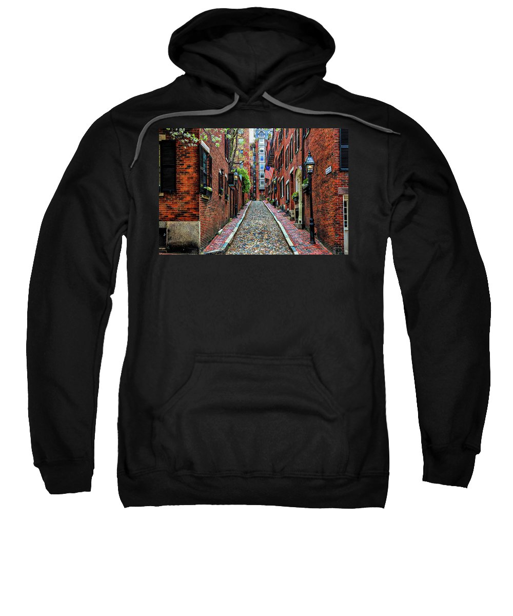 Boston Ma Sweatshirt featuring the photograph Acorn Street Boston by Larry Richardson