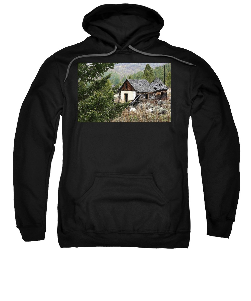 Cabin Sweatshirt featuring the photograph Cabin In Need Of Repair by Nelson Strong