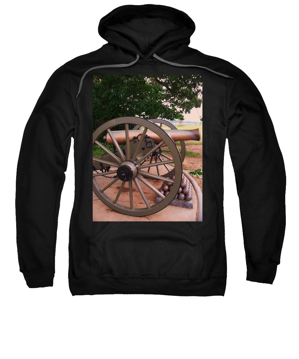 Field Sweatshirt featuring the painting Cannon Gettysburg by Eric Schiabor