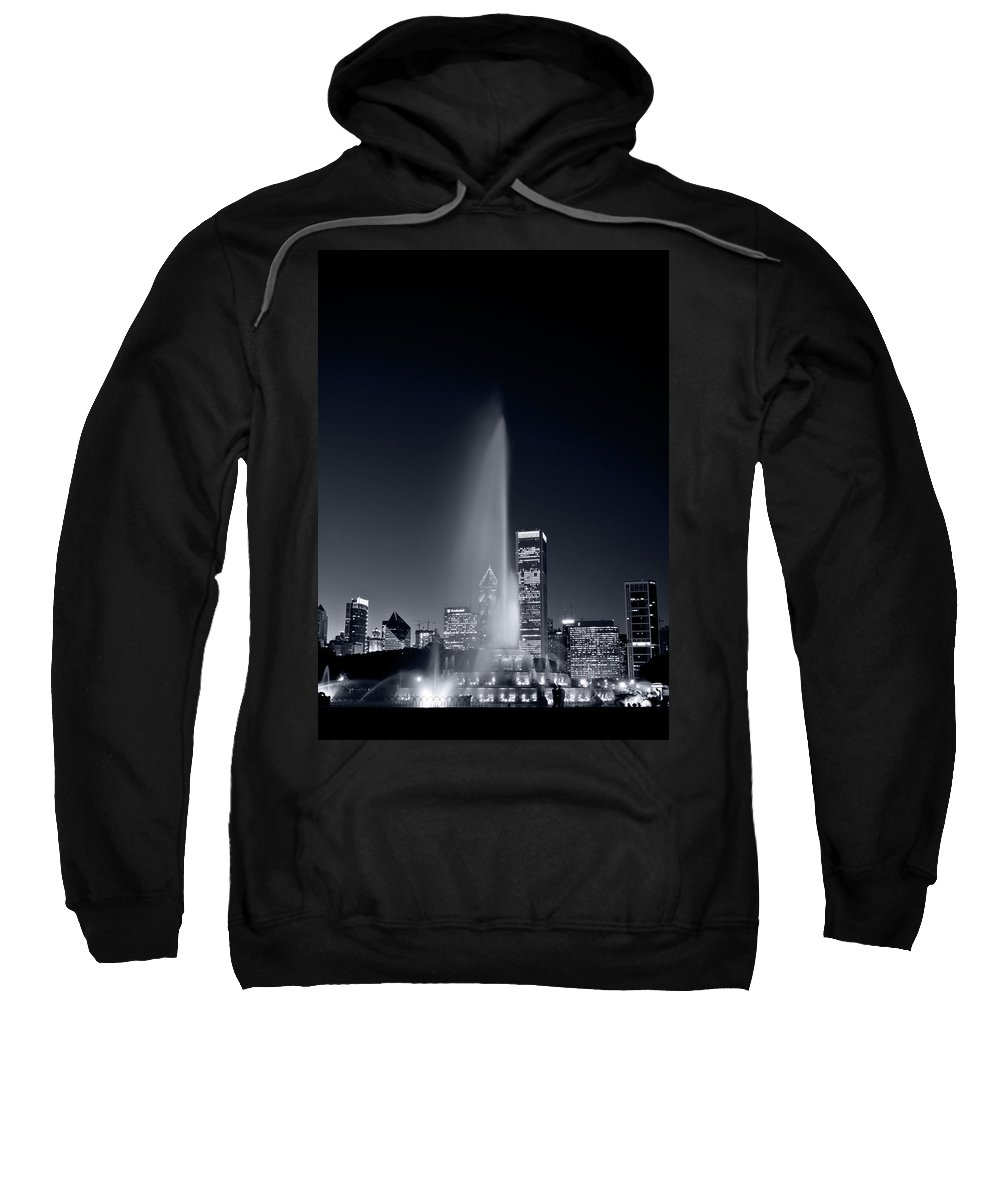 Black Sweatshirt featuring the photograph Chicagos Buckingham Fountain Bl And W Portrait by Steve Gadomski