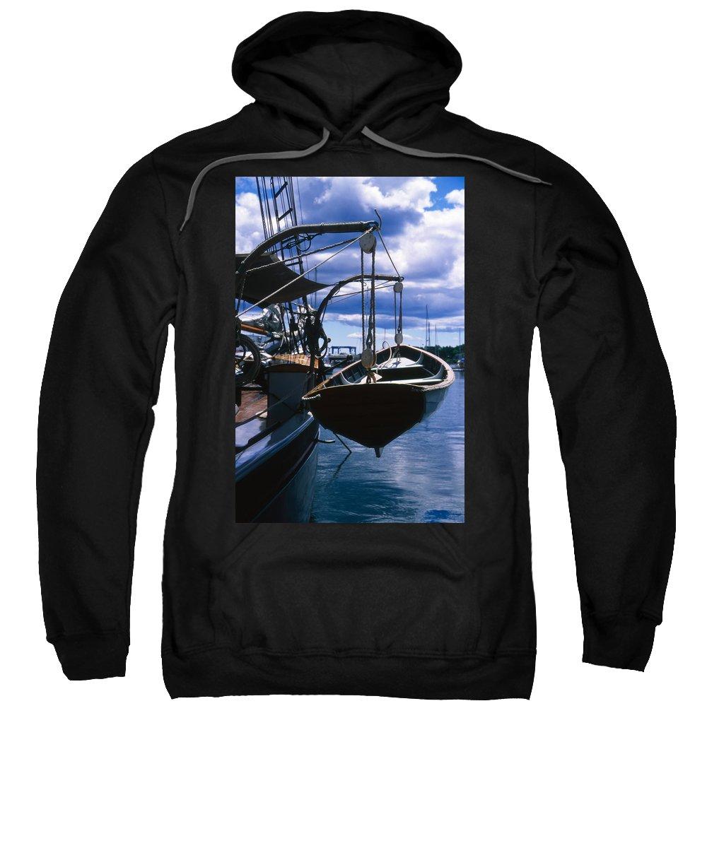 Landscape Camden Harbor Maine Sail Boat Harbor Nautical Sweatshirt featuring the photograph Cnrh0601 by Henry Butz