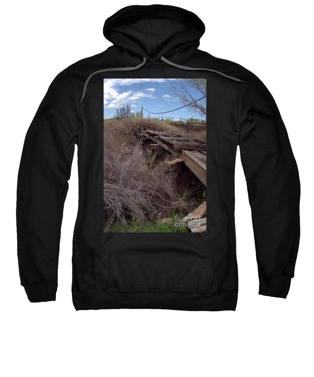 Denver And Rio Grande Western Railroad Sweatshirt featuring the photograph Dsc02077e by William Schlabach