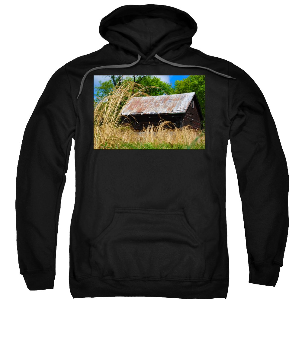 Barn Sweatshirt featuring the photograph Old Barn In Roxborough by Bill Cannon
