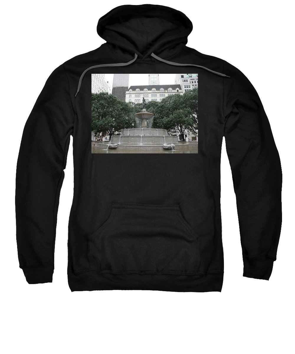 New York Sweatshirt featuring the photograph Pulitzer Fountain by Valerie Ornstein