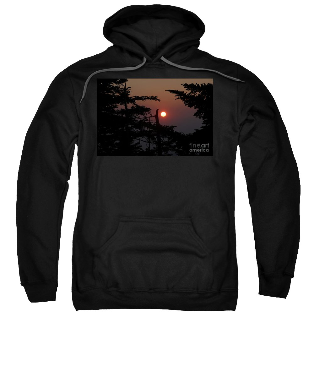Smoky Mountain National Park Sweatshirt featuring the photograph Smoky Mountain Sunset by David Lee Thompson