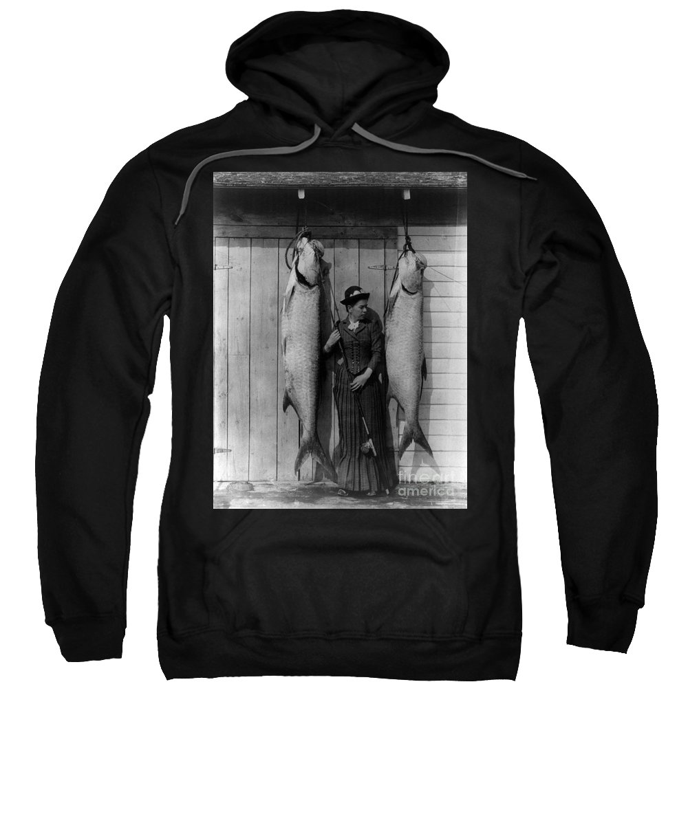 Leisure Activity Sweatshirt featuring the photograph Tarpon Fishing 19th Century by Science Source