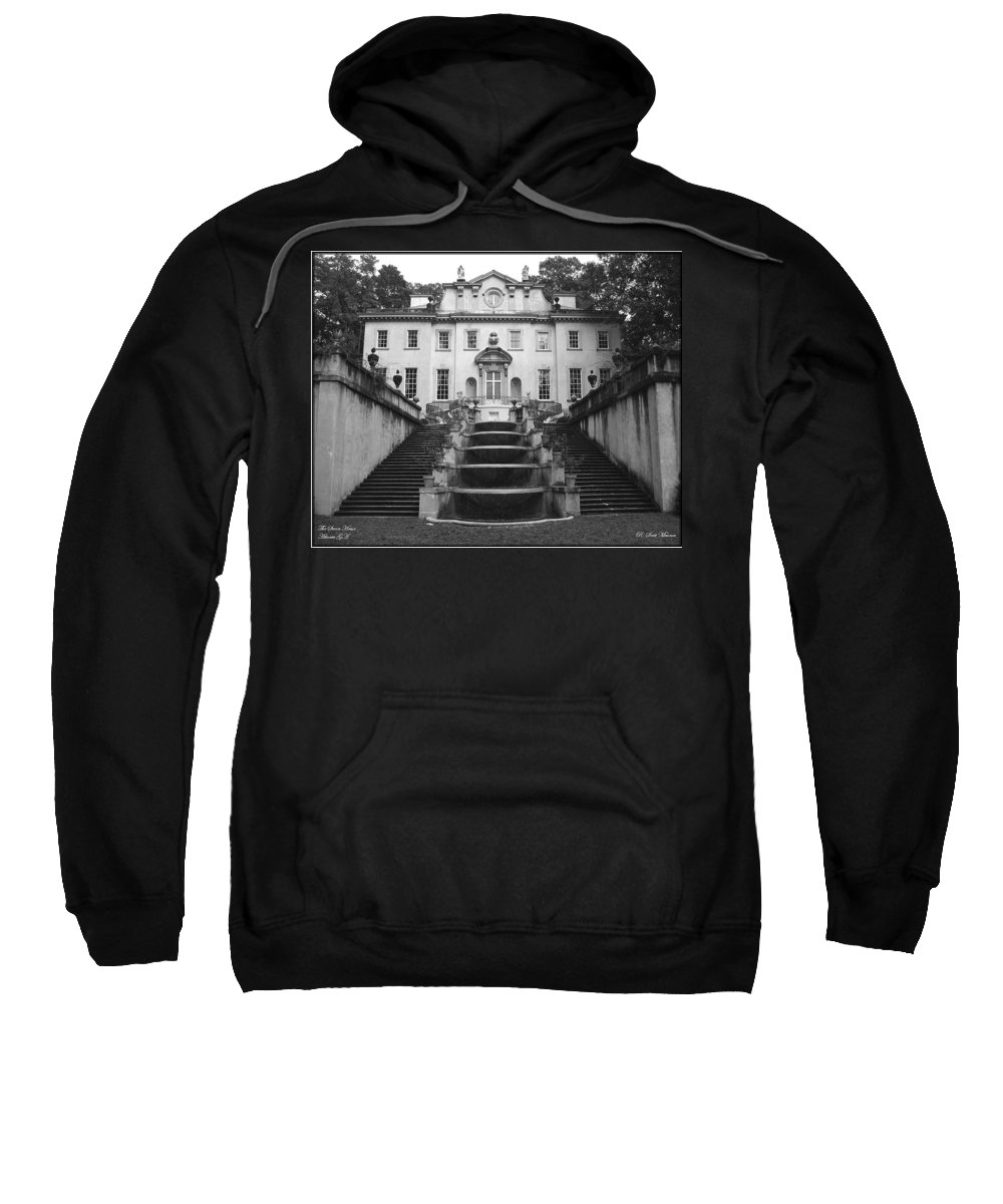 Historic Landmark Sweatshirt featuring the photograph The Swan House by Robert Meanor