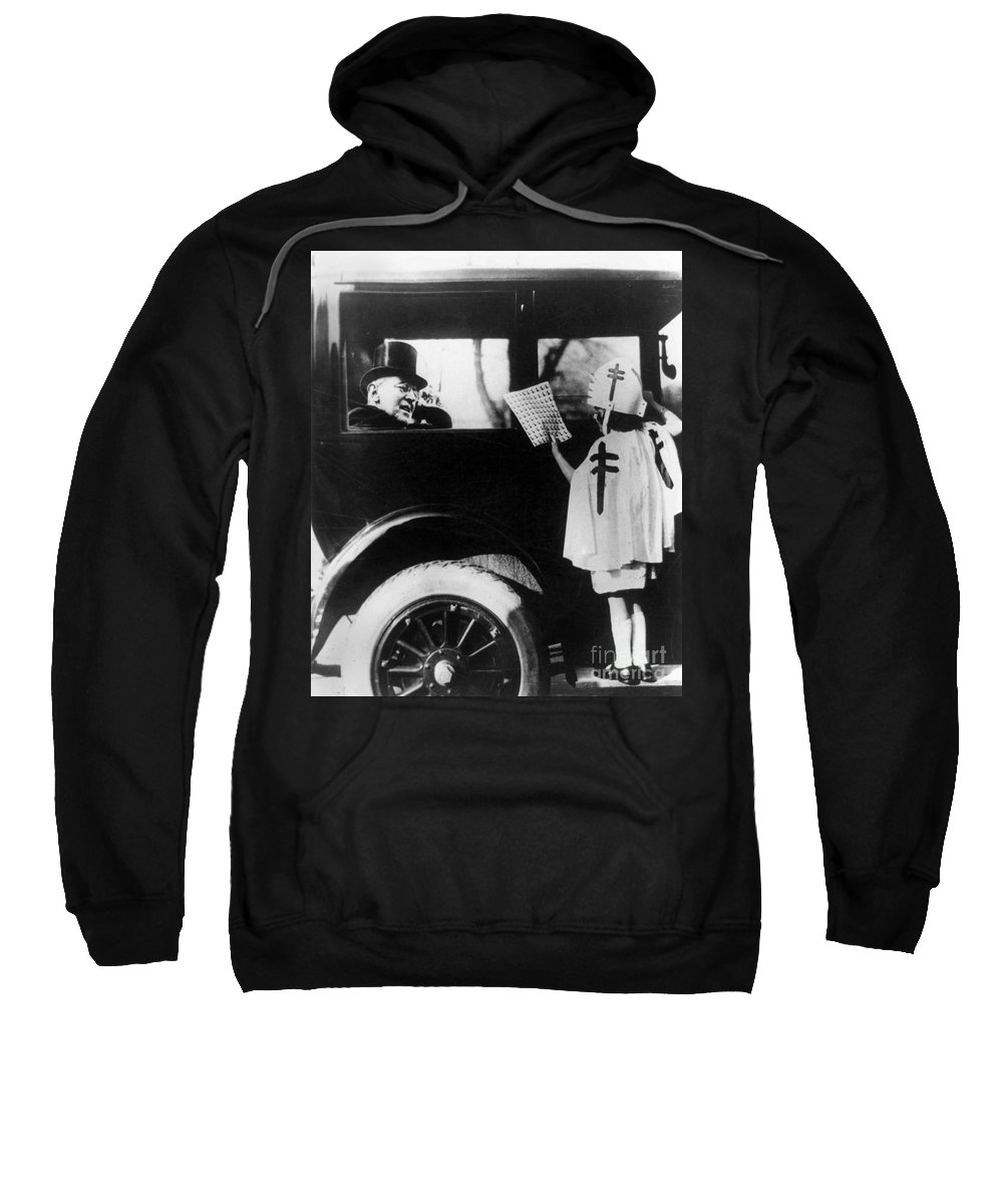 1923 Sweatshirt featuring the photograph Woodrow Wilson (1856-1924) by Granger