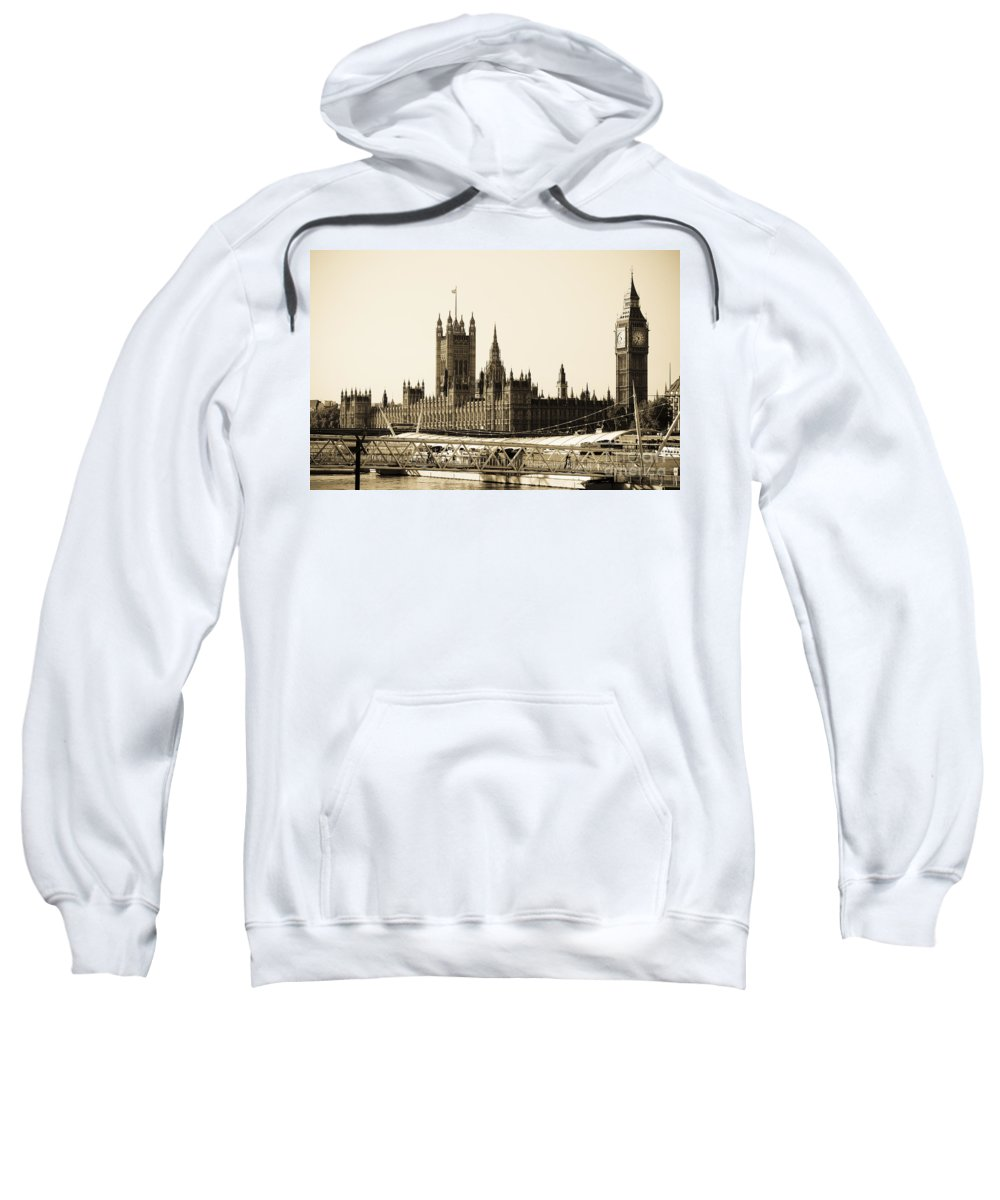 Big Ben Sweatshirt featuring the photograph Houses Of Parliament by Lana Enderle