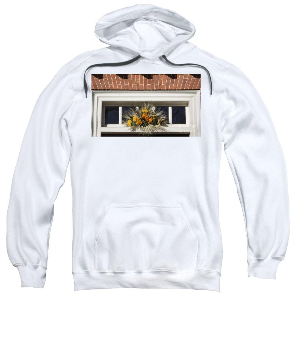 Colonial Williamsburg Sweatshirt featuring the photograph Yarrow And Lotus Arrangment by Teresa Mucha
