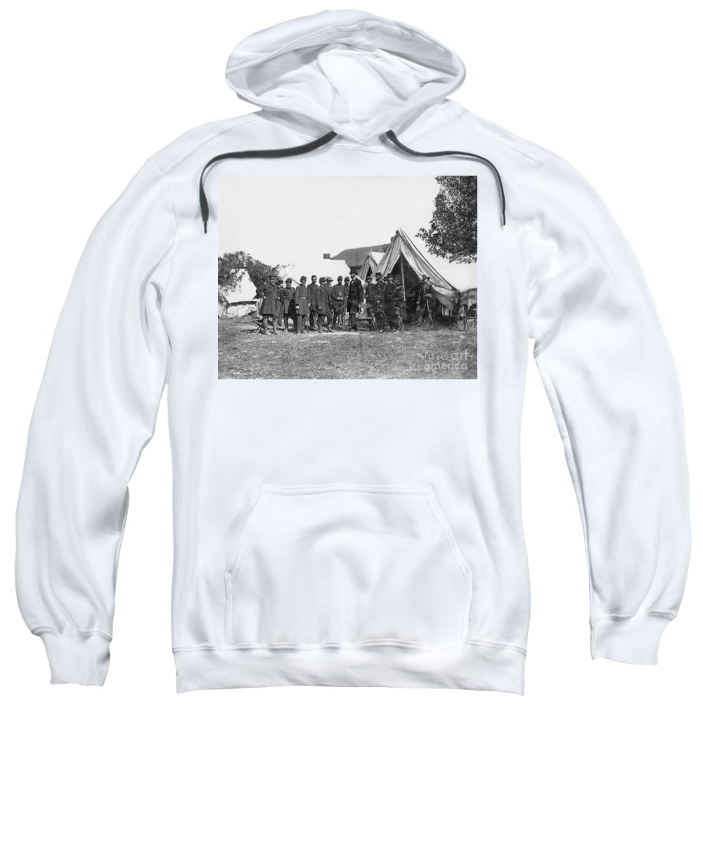1862 Sweatshirt featuring the photograph Lincoln & Mcclellan by Granger