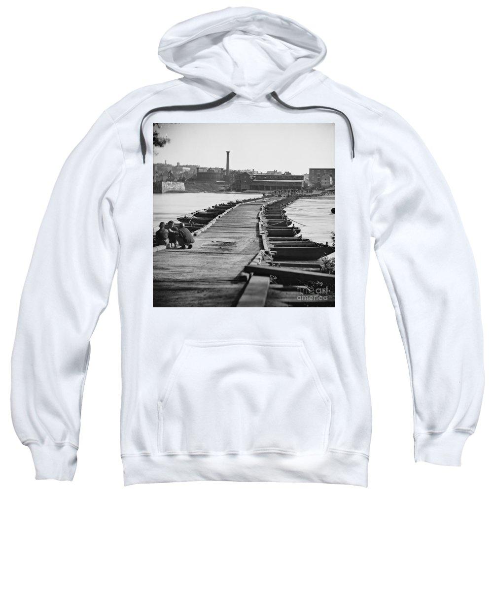 1865 Sweatshirt featuring the photograph Civil War: Pontoon Bridge by Granger