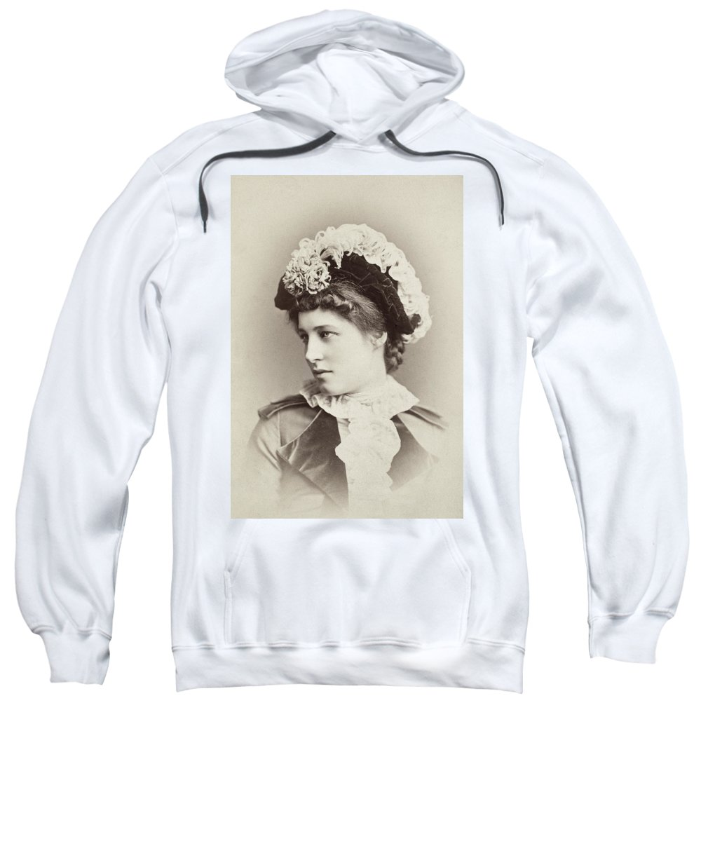 19th Century Sweatshirt featuring the photograph Lillie Langtry (1852-1929) by Granger