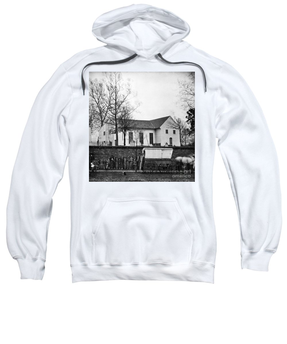 1865 Sweatshirt featuring the photograph Richmond: Church, 1865 by Granger